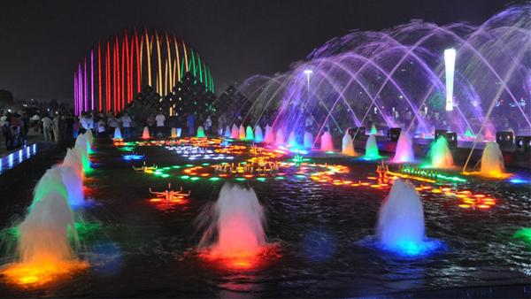 LED水底灯效果
