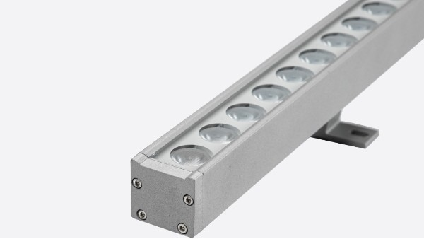 关于led洗墙灯的两种控制方式及安装接线说明